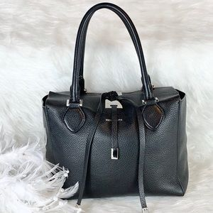 🖤GENTLY USED MICHAEL KORS 🖤 COLLECTION BLACK